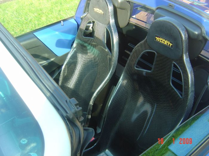 VX220 with B5 Tillett seats